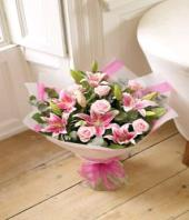 Blush Gifts toHBR Layout, flowers to HBR Layout same day delivery