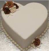 White Forest Heart Gifts toChamrajpet, cake to Chamrajpet same day delivery