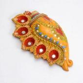 Conch Shaped Dia Set Gifts toIndia, arthi thali to India same day delivery