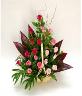 Pretty in Pink Gifts toPuruswalkam, flowers to Puruswalkam same day delivery