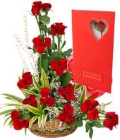 Regal Red Gifts toIndia, sparsh flowers to India same day delivery