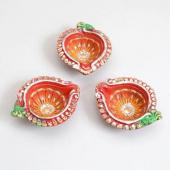 Beautiful Deepavali Diyas Gifts toIndia, Diya Set to India same day delivery